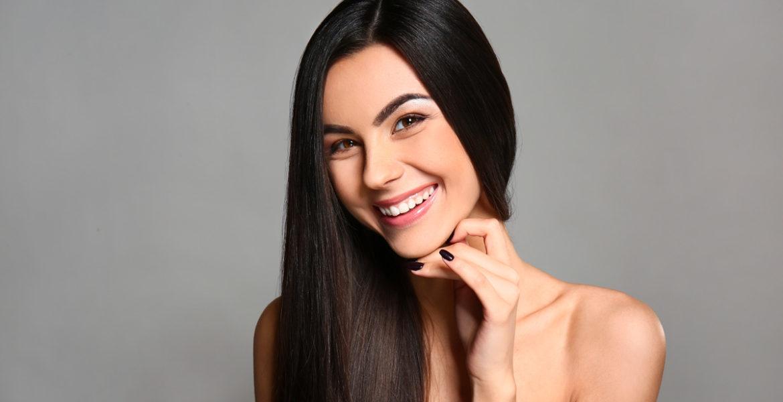Quels sont les bienfaits de la vitamine (B5, B8, B12) sur les cheveux?